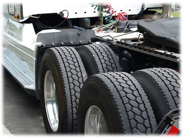 Semi Truck Tires Near Me >> Best Drive Tires For Semi Truck Truckfreighter Com